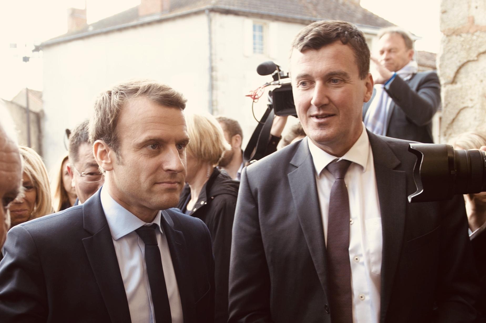 Hugues Lallemand et le president Emmanuel Macron